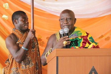 The Omanhene of Kokofu Traditional Area, Barima Offe Akwasi Okogyeasuo II, delivering his address at the ceremony.
