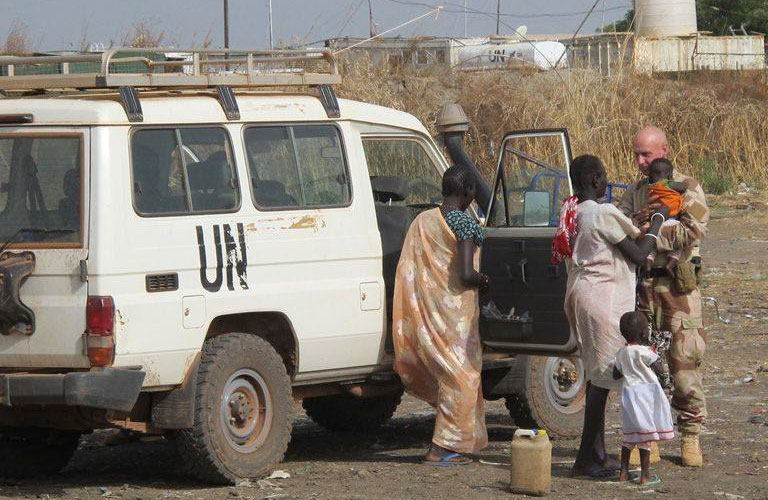 Displaced people from the UNMISS County Support Base (CSB) in Pariang, Unity State, South Sudan, being relocated to Bentiu. Photo: UNMISS