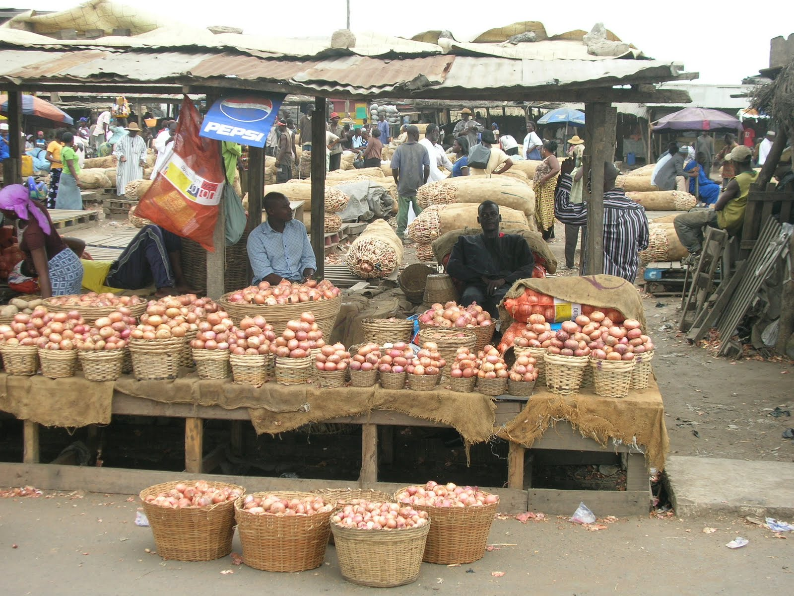 wpid-Picture-shows-some-traders-at-the-Agbogbloshie-market-in-Accra.jpg