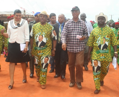 (L-R): Hon Mrs. Rebecca Udorji, representing Awka North in Anambra State House of Assembly, Chief Willie Obiano, Governor Anambra State, Arc. Calistus Ilozumba, Commissioner for Works and Hon. Cosmas Okonkwo, Chairman, Awka North Council Area duing a recent inspection tour of a road construction project in Awka North Local Government Area...yesterday