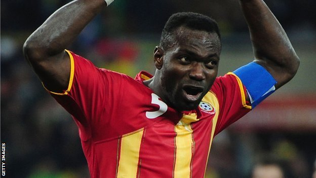Ghana need former captain John Mensah back in the side to provide leadership in defence, says former Black Star Samuel Osei Kuffour.