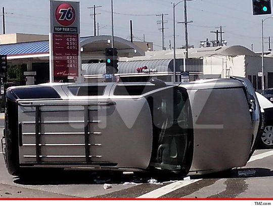 Rapper T.I. Rescues Car Crash Victim