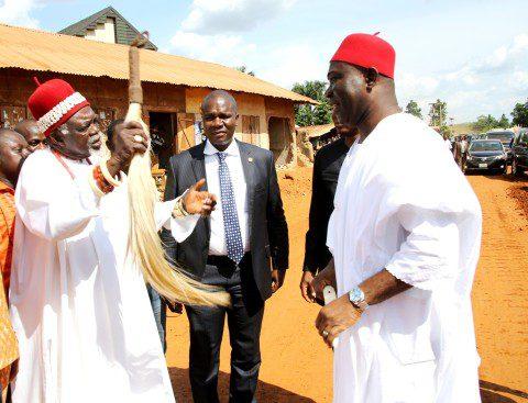 HRH Igwe Onyioha Nwanjoku welcomes Senator Ike Ekweremadu to Oduma