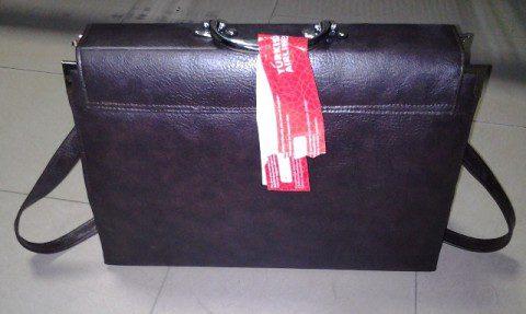 the laptop bag containing 1.370kg cocaine
