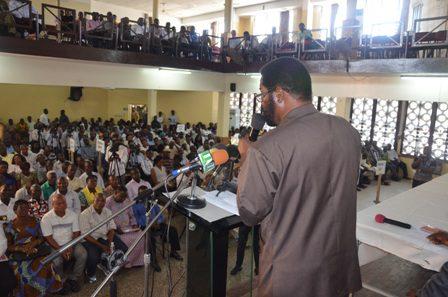 Mayor addressing the gathering