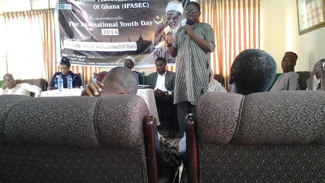Sheik Mohammed Bhagya, an Islamic Scholar addressing the participants at the lecture