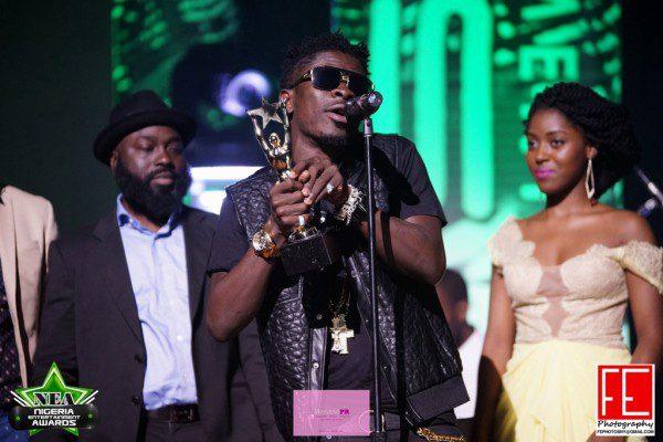 wpid-2014-Nigeria-Entertainment-Awards-NEA-BellaNaija-September-201423Shatta-Wale-600x400.jpg