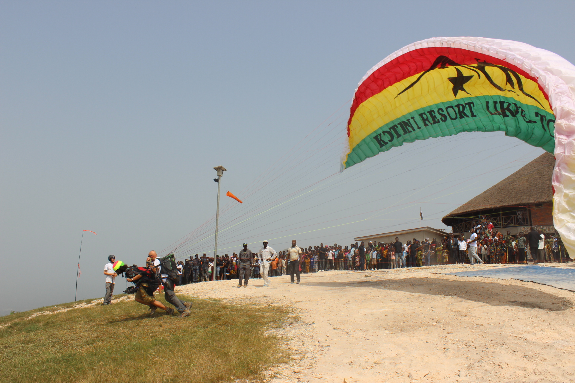 Likpe launches paragliding