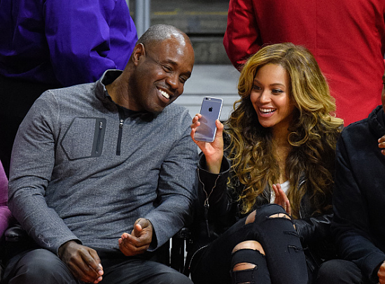 beyonce-nets-vs-clippers-game