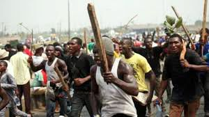 Political thugs attacked the convoy of President Jonathan in Katsina State
