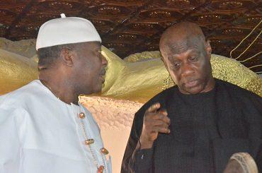 H.R.H. Eze Reginald Amadi (L) receiving Imo APGA governorship candidate Capt. Emma Ihenacho at his palace in Obetiti Nguru Aboh Mbaise