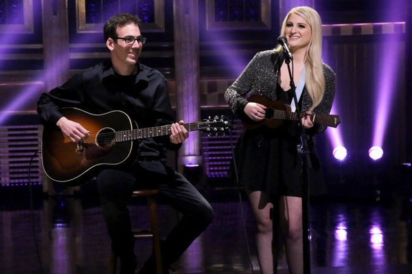 meghan-trainor-performs-stripped-down-version-of-lips-are-movin