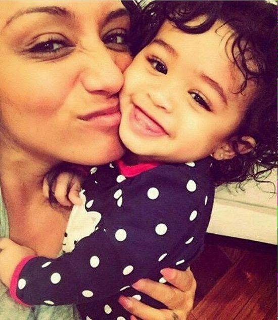 royalty-chris-brown-beautiful-daughter