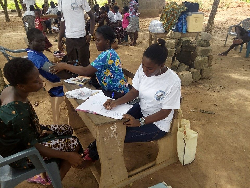 Agorve Residents Receive Free Health Screening