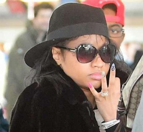 Nicki-Noweave-Nomakeup Check Out Nicki Minaj Without Make-up Nicki Noweave Nomakeup