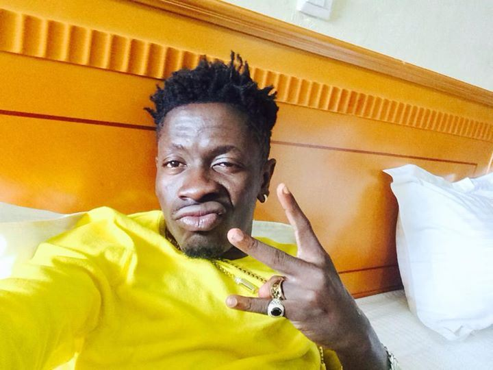 Shatta-Wale-Dem-Broke-Charter-House-Samini-Diss Checkout 5 reasons why Shatta Wale doesn?t deserve bad remarks from the media Shatta Wale Dem Broke Charter House Samini Diss
