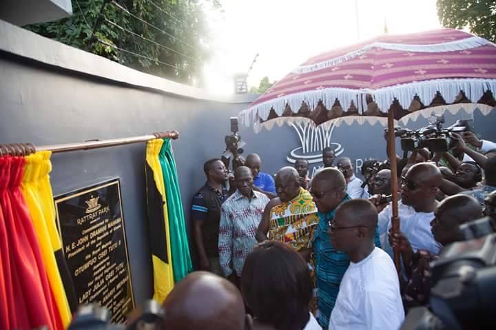 Rattray Park Kumasi City JDMahama & Otumfour 5 - GossipGhana.ORG