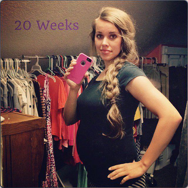 jessa-duggar-shares-20-week-baby-bump-photo-and-new-ultrasound