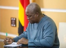 President Mahama receives three new envoys