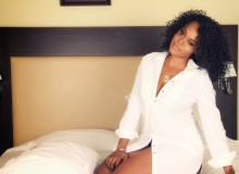 Daniella Okeke looks amazing on bed
