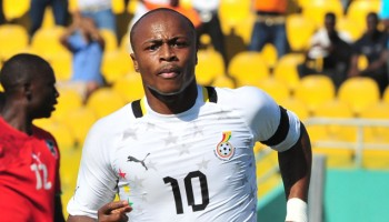 QPR looks to Ayew to save team