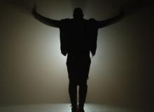 Usher ft. Nicki Minaj-assisted new single premiered